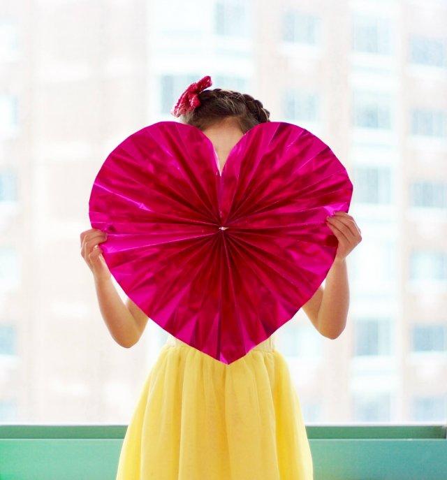Heart Paper Fan Tutorial