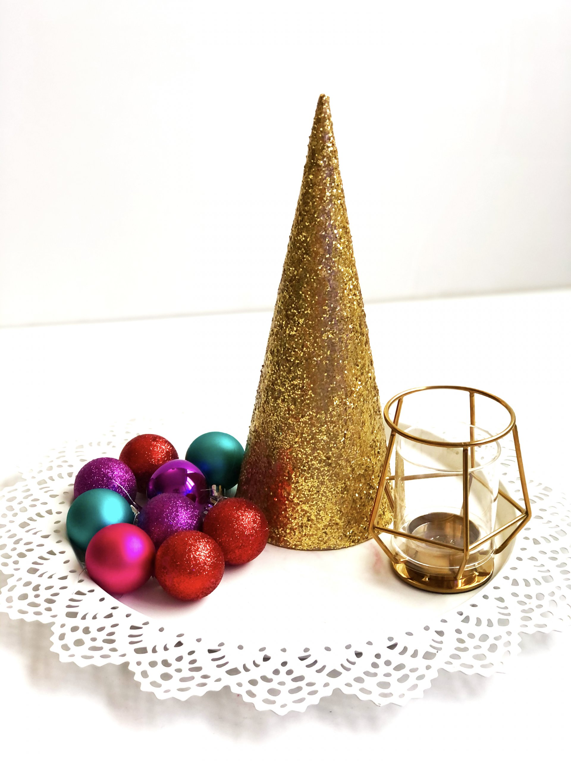 DIY Glitter Cone Christmas Trees in a tray