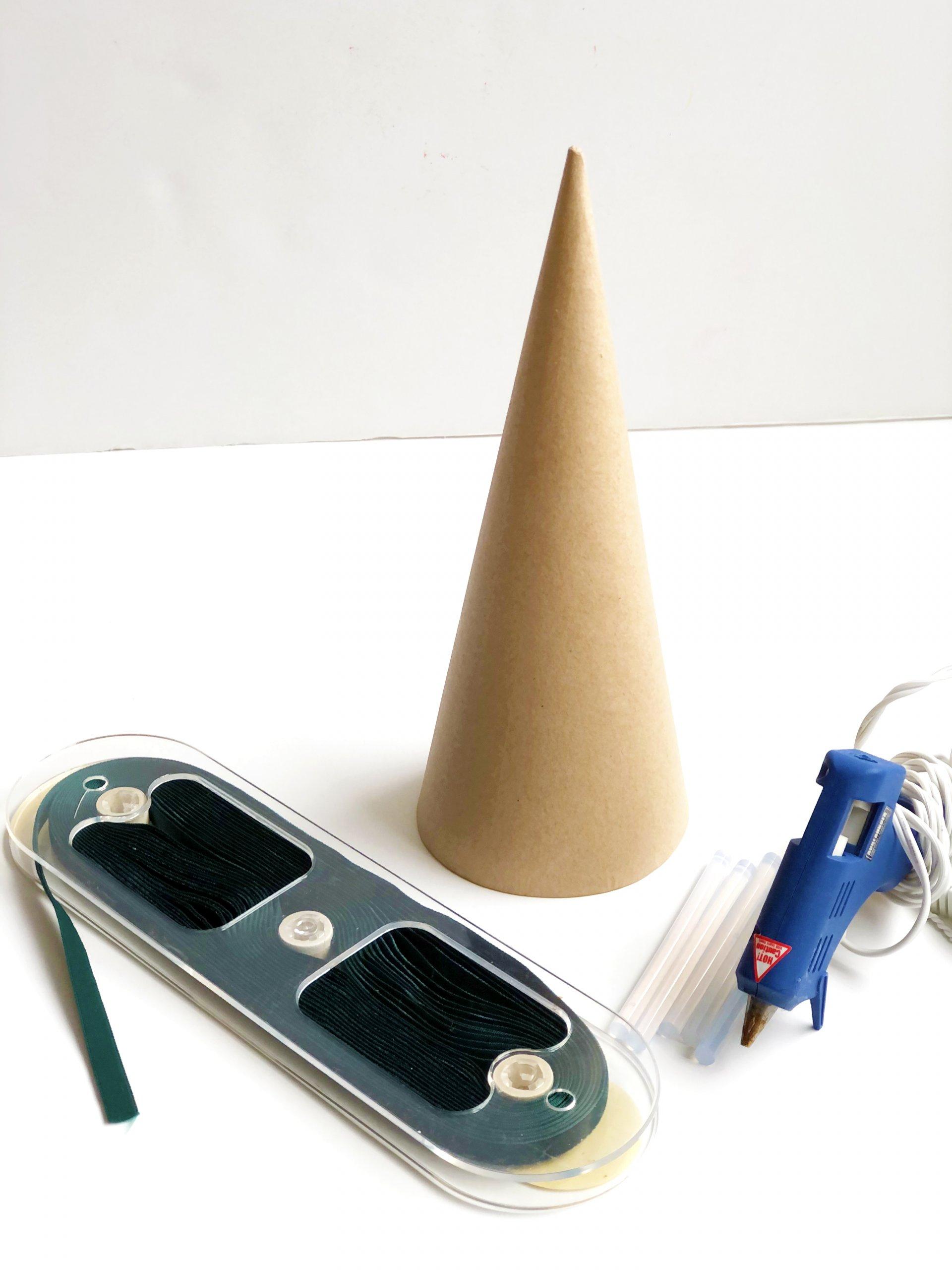 DIY velvet Christmas tree cone material list